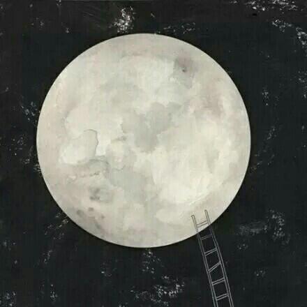 月亮和云的图片