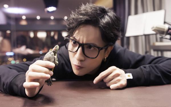 薛之谦发布新单《动物世界》